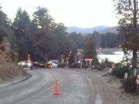 Un automóvil despistó y casi cae por un barranco en lago Gutiérrez