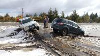 """Hacían """"Off Road"""" por el Paseo del Oeste y terminaron encajados en la nieve"""