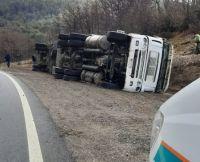 Volcó un camión chileno a pocos kilómetros de paso Cardenal Samoré