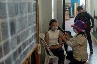 Llaman a continuar inscribiendo a menores para la vacuna contra el Covid-19