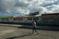 Evalúan daños y coordinan la reparación de escuelas afectadas por el temporal de viento