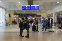 Se suspenden destinos del exterior y se reducen vuelos a Europa