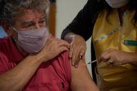 Qué esperar luego de recibir la vacuna contra el Covid-19