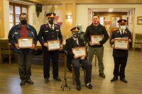 Emotivo reconocimiento a bomberos retirados