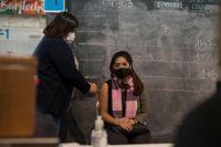 Mayores de 18 años se podrán vacunar sin turno en Bariloche